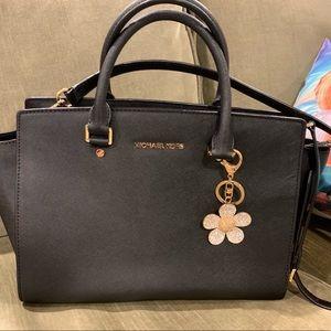 Michael Kors top handle zip tote handbag w charm